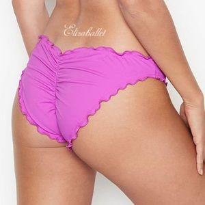 ✨NWT Victoria's Secret Ruffle Cheeky Bikini Bottom